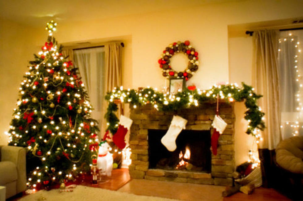 if youre planning on a real one heres five ways to keep your christmas tree from drying out - How To Keep Christmas Tree From Drying Out